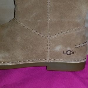 UGG Shoes - Tall boots